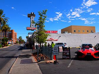 Big Bus Hop on Hop off a Las Vegas - Pawn Store