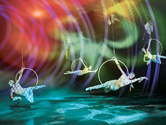 Biglietti per Cirque du Soleil O a Las Vegas - Acrobati