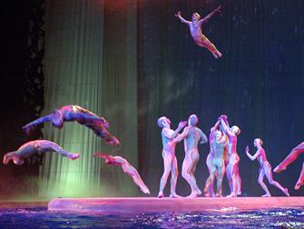 Biglietti per Cirque du Soleil O a Las Vegas - Nuoto sincronizzato