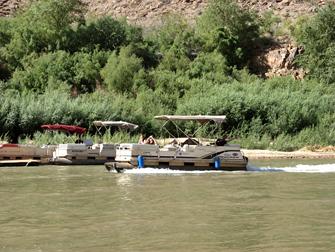 Grand Canyon - Colorado River Barca